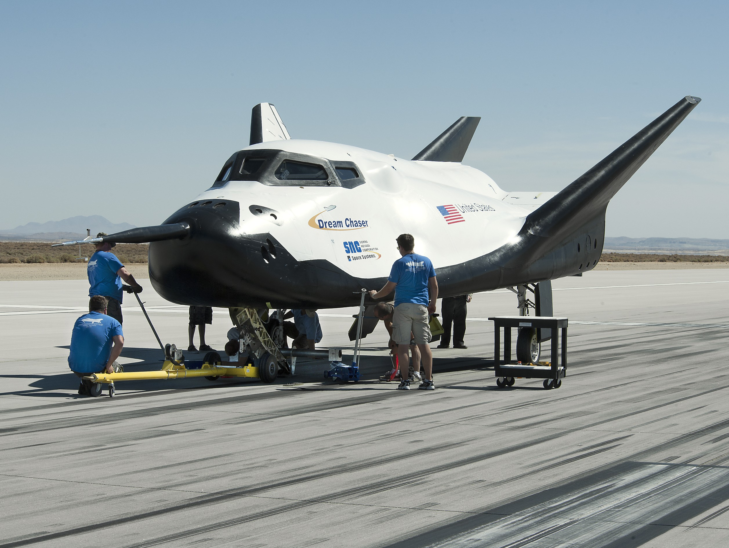 Dream Chaser Space Plane will soon begin Full-Scale Production