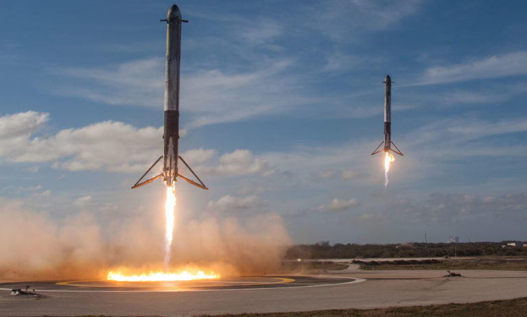 Florida wants to build SpaceX and Blue Origin three extra rocket landing pads