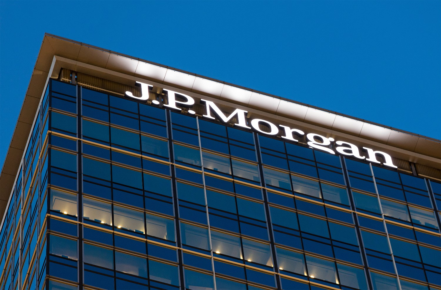 JP Morgan Rolling First Cryptocurrency into the Banking World