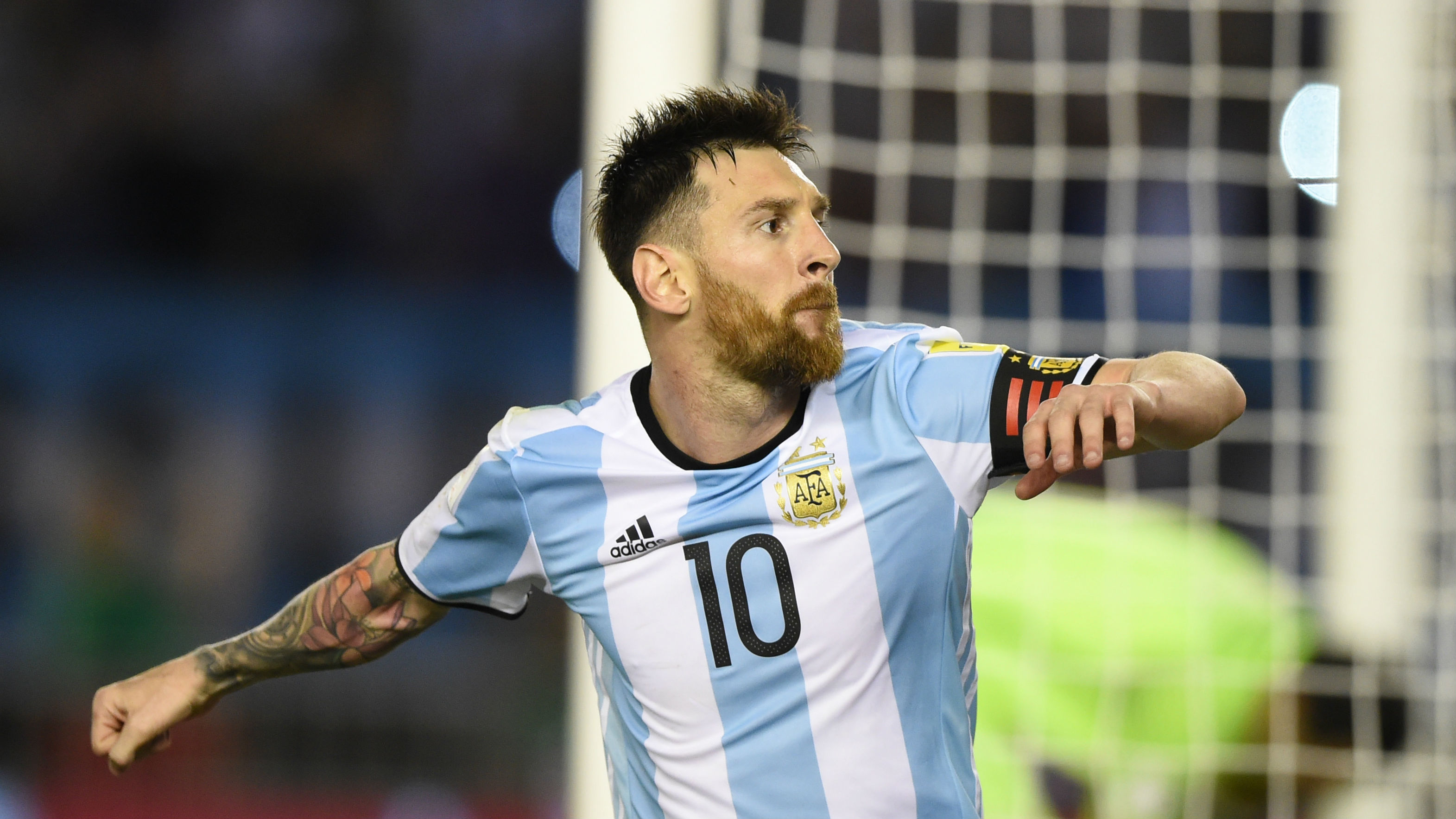 In a friendly match held this morning against Venezuela, the Argentine icon Lionel Messi suffered a groin injury. Following the incident, Messi had to withdraw from the Tuesday match scheduled against Morocco.