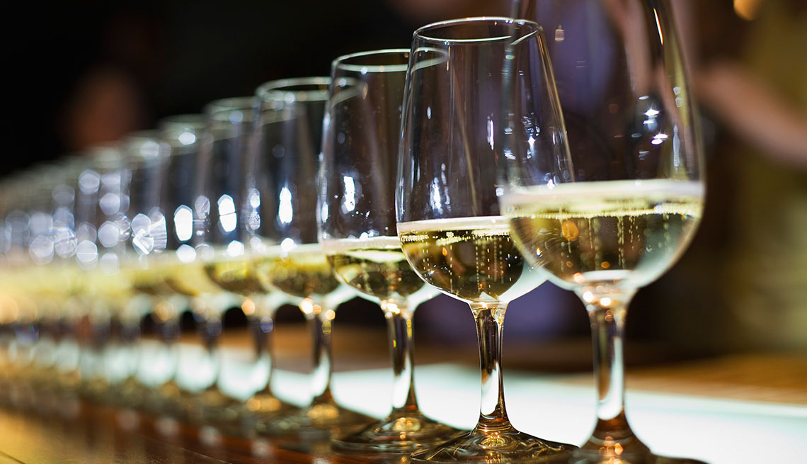 Alcohol is good for brain health- says recent study