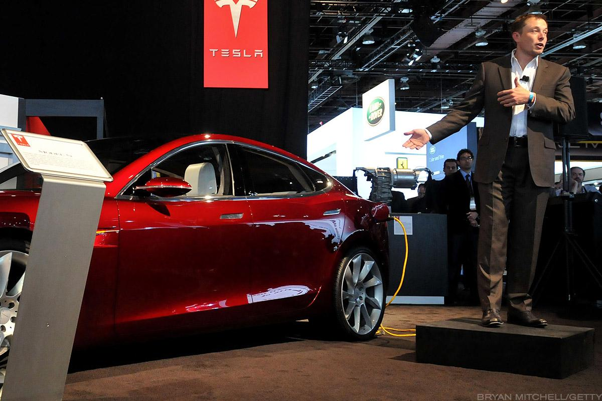Tesla Model 3 Deliveries Miss Estimates: Is this the time to worry for the company?