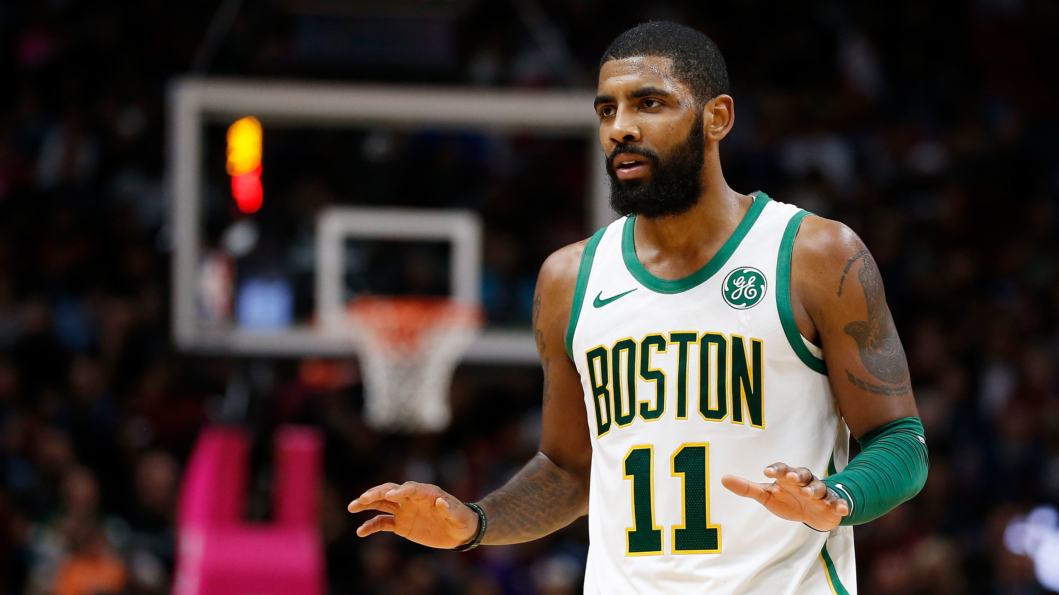 NBA Kyrie Irving trade Clippers Knicks Lakers Free Agent