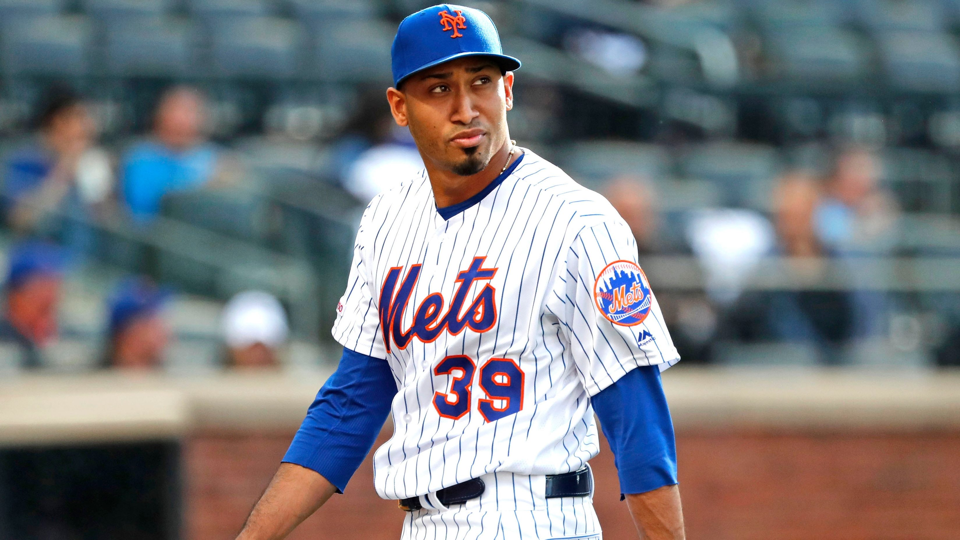 MLB trade deal Edwin Diaz Boston Red Sox New York Mets
