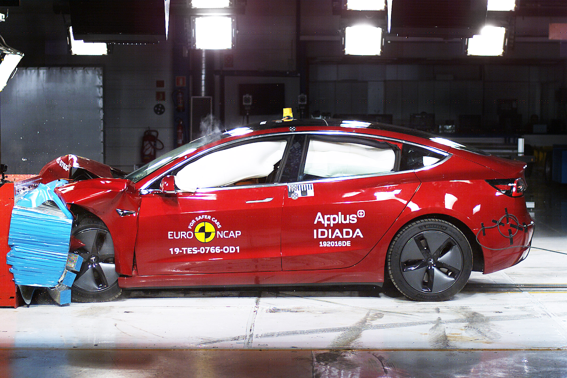 Tesla Model 3 safety NCAP rating crash test