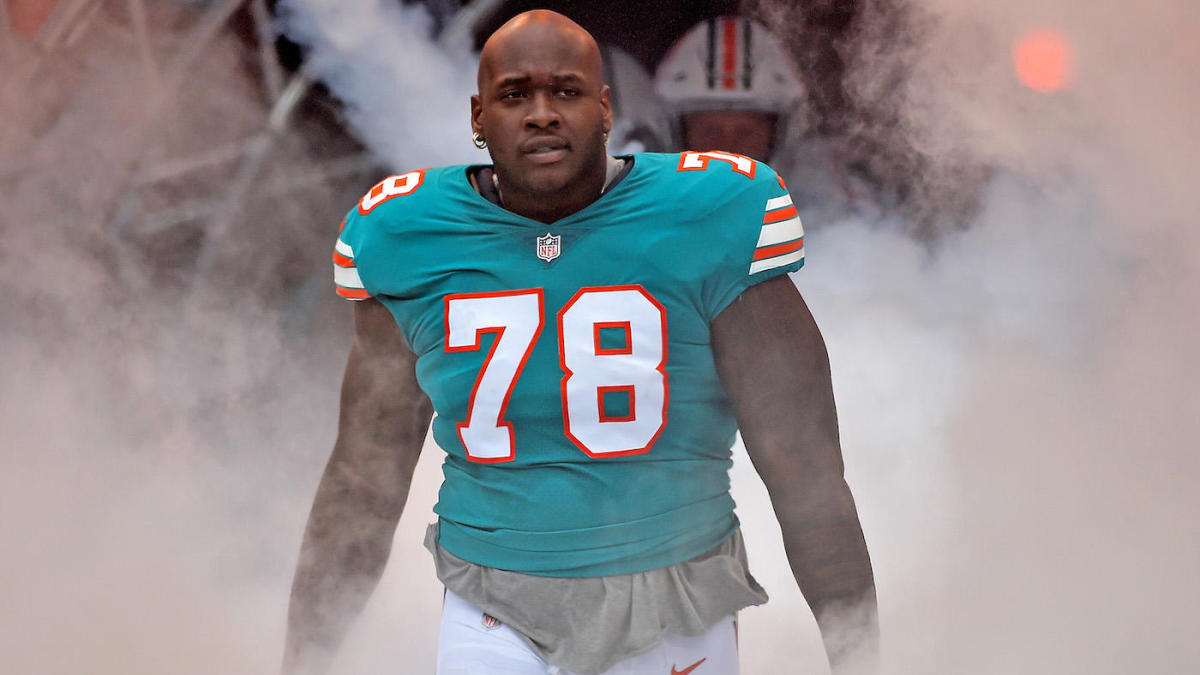NFL Miami Dolphins Laremy Tunsil Deal