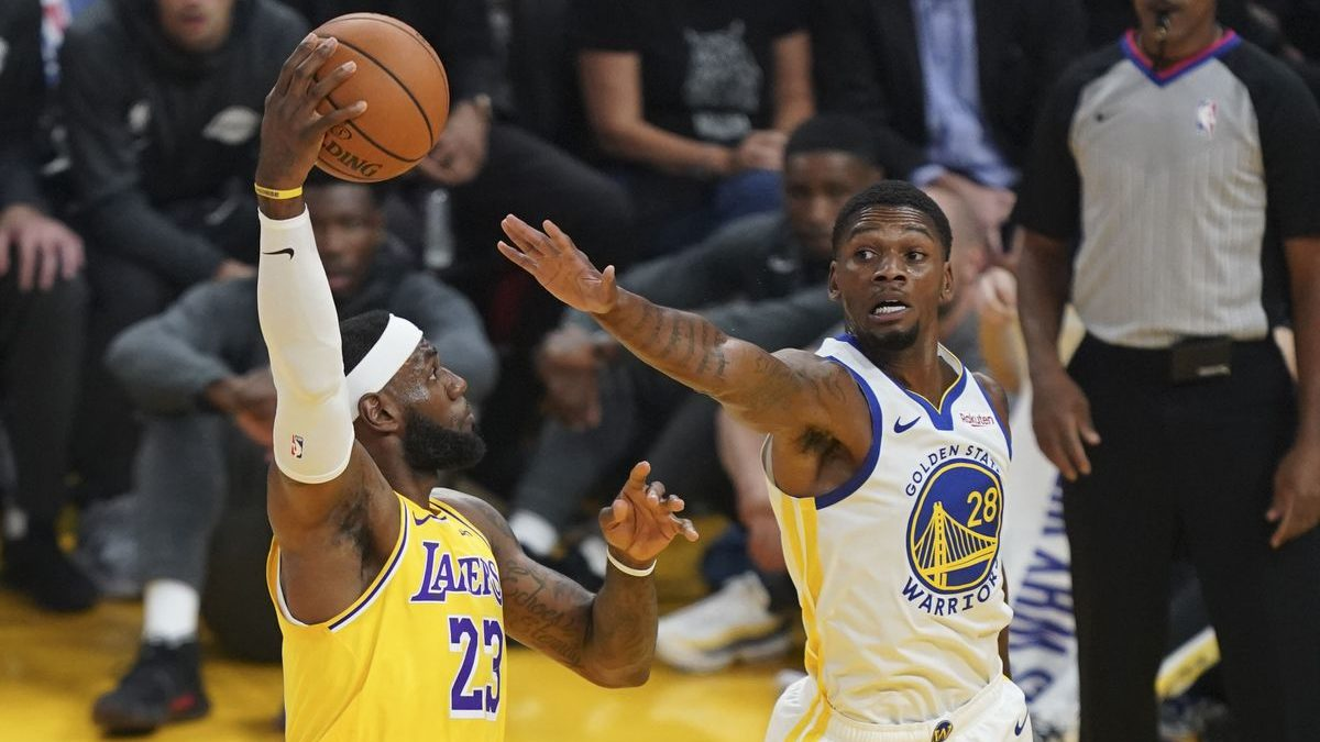 Warriors Trade Options for Alfonzo McKinnie and Marquese Chriss after the Lakers Loss