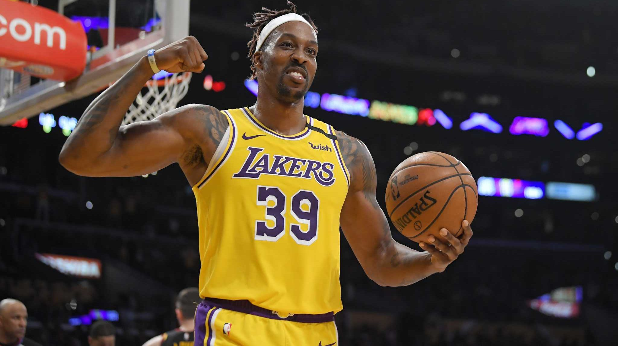 NBA Rumors Dwight Howard could go with Boston Celtics if the Lakers does't Extend his Contract
