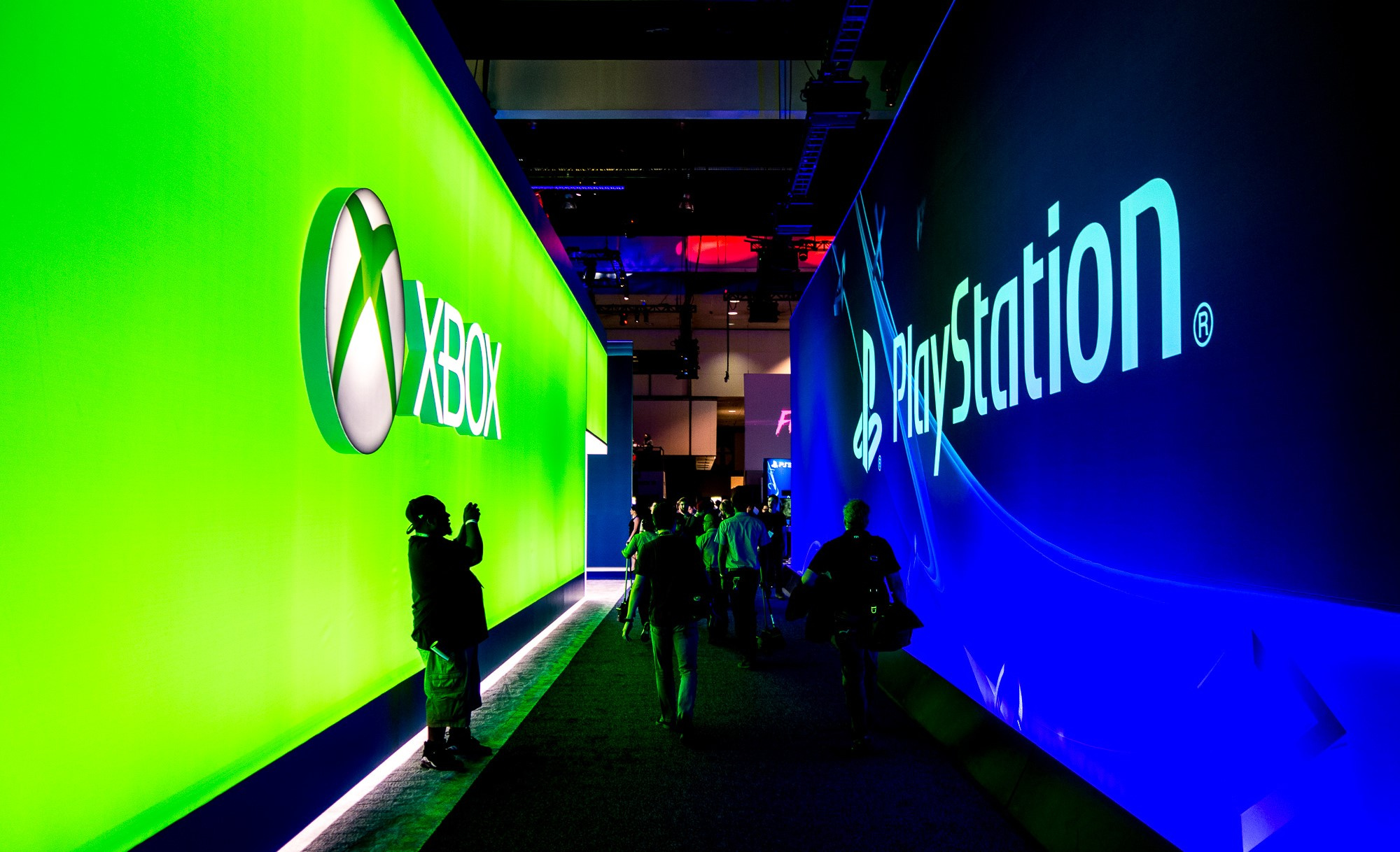 PS5 and Xbox Series X Release Date Delayed Coronavirus can Halt the Production of the Consoles