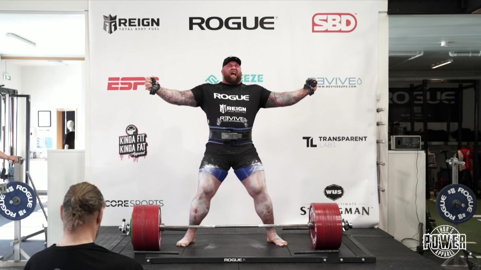 The Mountain breaks the deadlift record