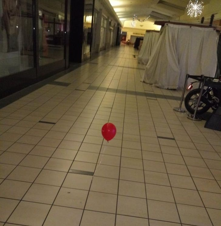 I work graveyard at the mall alone, and this was in the middle of the floor
