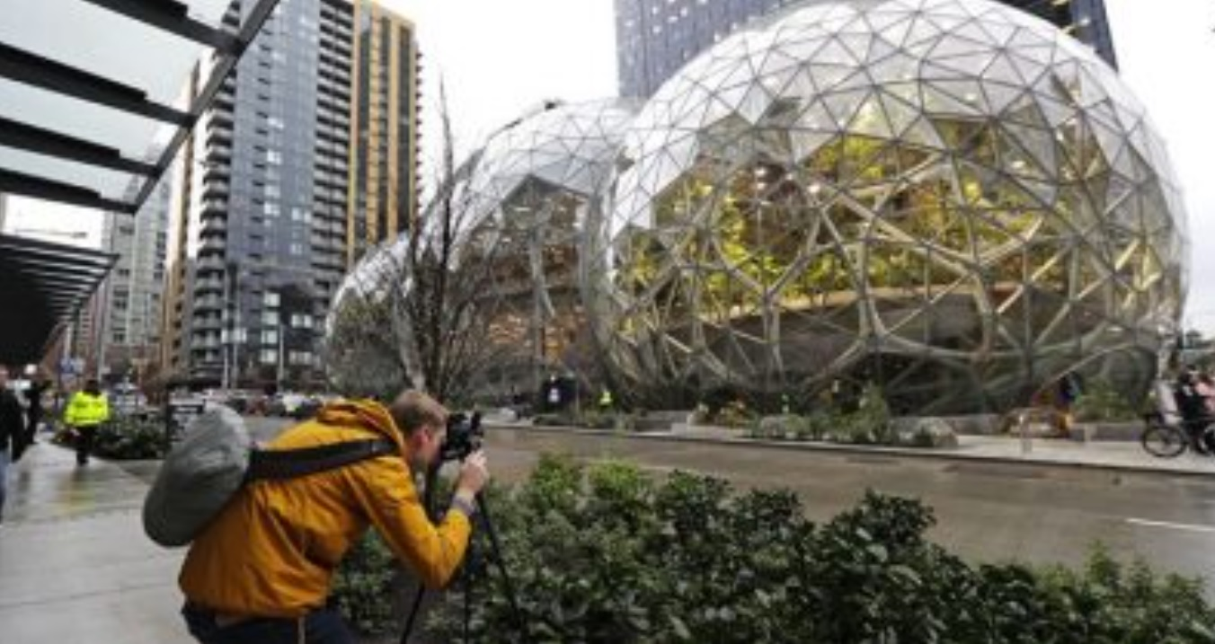 Amazon grounds in Seattle
