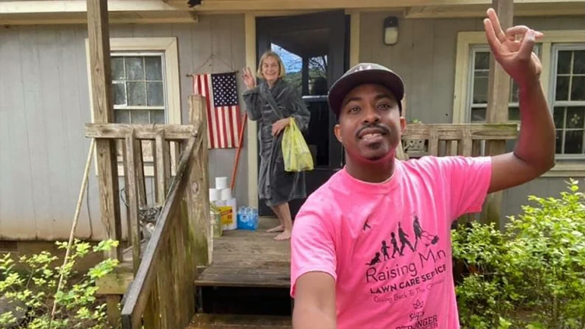 Alabama man who mows lawns for veterans now also delivering free meals to senior citizens