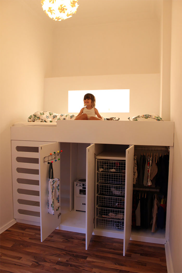 Playroom, Bedroom And A Closet Perfectly Fit In This Small Room