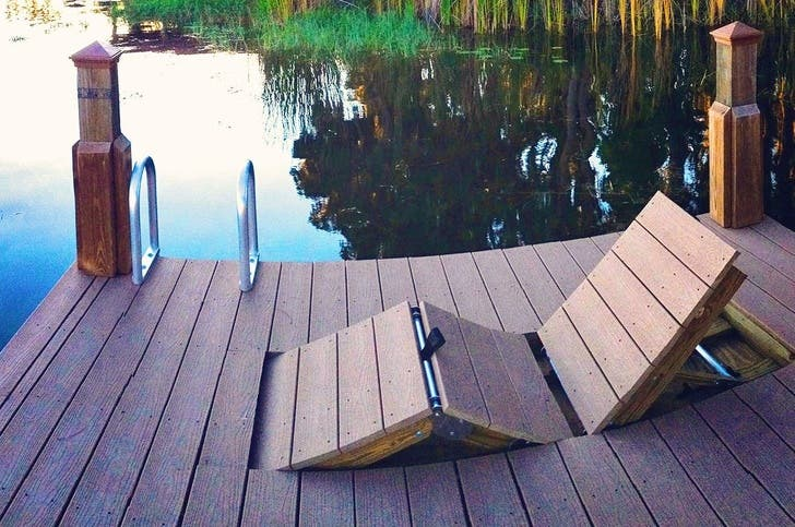 Integrated sun loungers for small poolsides