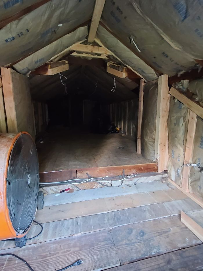 This is the old attic that Rodolfo worked upon